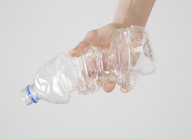Utiliser moins de plastiques de type polycarbonate (PC)