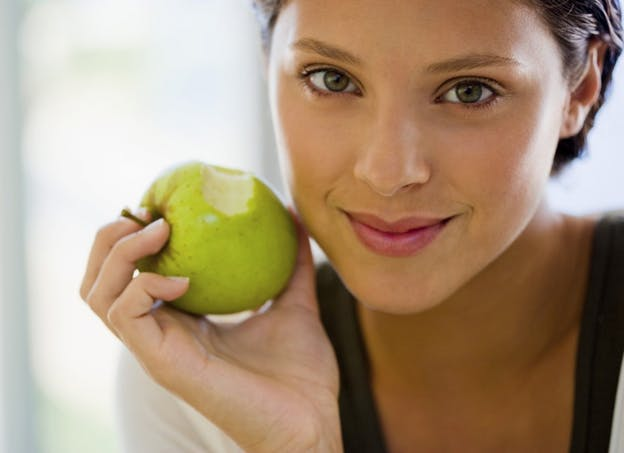 Croquez des fruits en dehors des repas