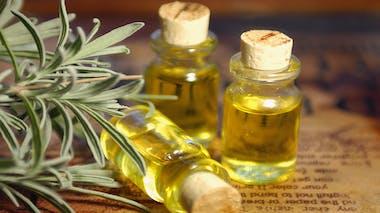 Des huiles essentielles pour vite soulager la douleur