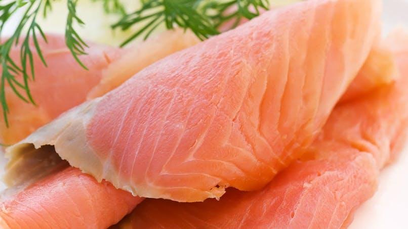 Préfèrer le saumon frais à sa version fumée