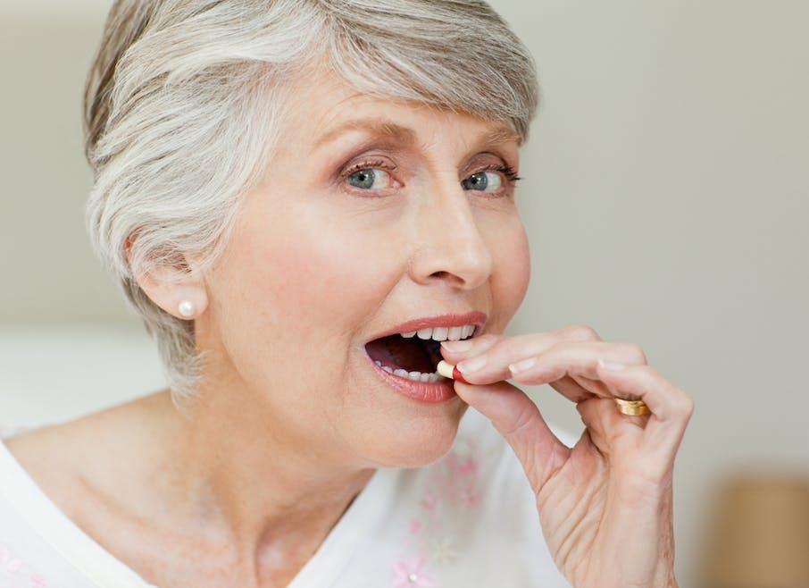 Les personnes âgées prennent trop de somnifères