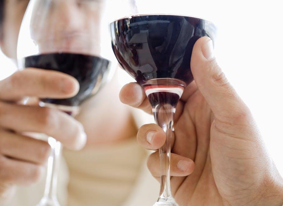 Je savoure un verre de vin de temps en temps