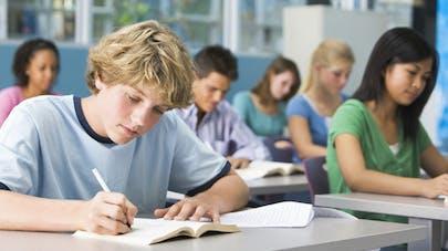 Vers un nouveau rythme scolaire pour les lycéens et les collégiens?