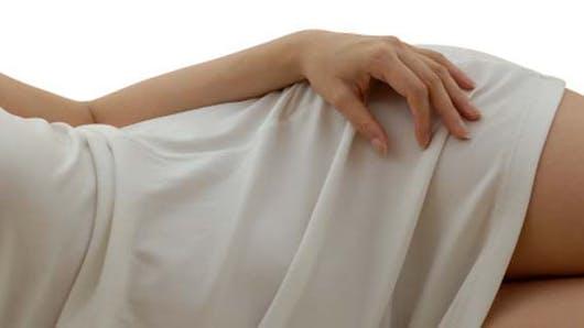 Cuisses trop grosses: la lipoaspiration est-elle la meilleure solution?