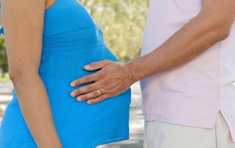 La couvade, la grossesse au masculin