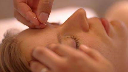 Contre le stress: la relaxation et l'acupuncture