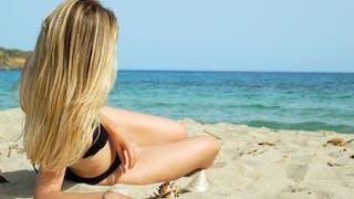 Comment prendre soin de ses cheveux en été?