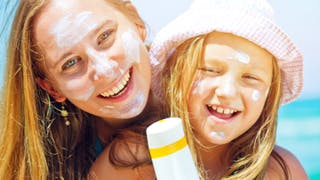 Vacances d'été à la mer: quelle protection solaire?