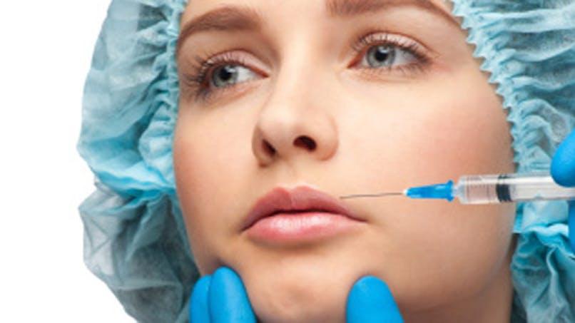 Embellir sa bouche: les injections sont-elles sûres?
