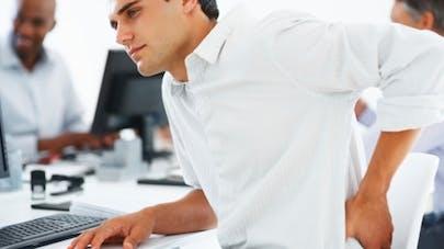 Mal de dos au travail: quelles solutions?