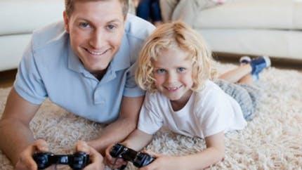 Jeux vidéo, Internet, portable... faut-il limiter leur usage?