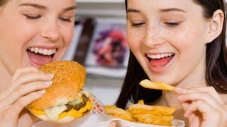 Les fast-foods sont-ils bons pour nos ados?
