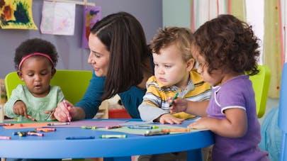 Apprendre au bébé une langue étrangère: un réel bénéfice?