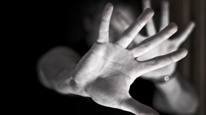 Violences conjugales: 146 décès en 2011