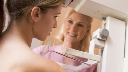 Mammographie : comment se déroule cet examen ?
