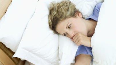 Mal de gorge: pastilles ou spray, que choisir ?