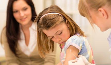 Bexsero: premier vaccin contre la méningite B en Europe