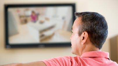 Regarder trop la télé est mauvais pour la fertilité masculine