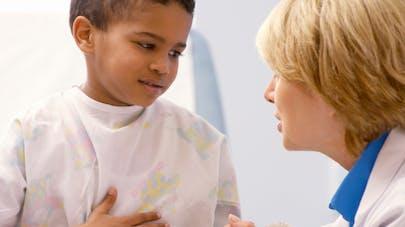 Trop d'enfants traités à tort pour un reflux gastro-œsophagien!