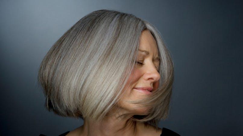 Bientôt la fin des cheveux blancs?