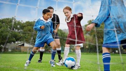 Trop de sport chez l'enfant entraîne des fractures