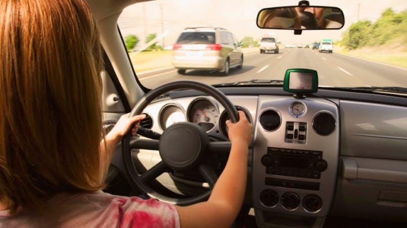 Un système d'appel d'urgence dans votre voiture dès 2015
