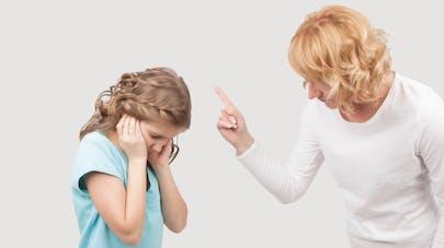 Mère stressée = enfant maltraité