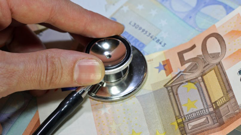 Un tiers des médecins ont accepté d'encadrer leurs honoraires