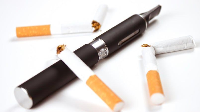 Des médecins défendent la e-cigarette