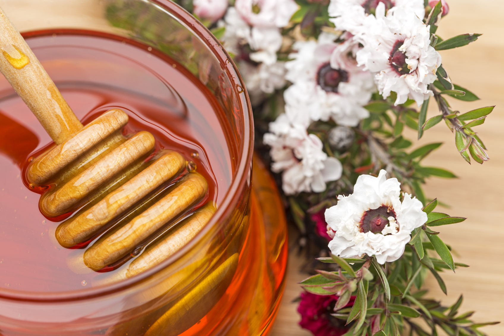 The Benefits of Manuka Honey |  Health Magazine