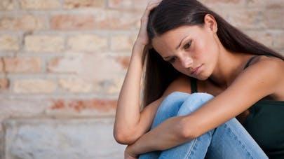 Consultation du Dr Sylvain Mimoun: après un viol Karine veut retrouver une sexualité normale