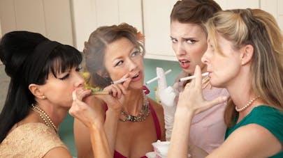 En soirée, comment résister à la tentation de fumer?
