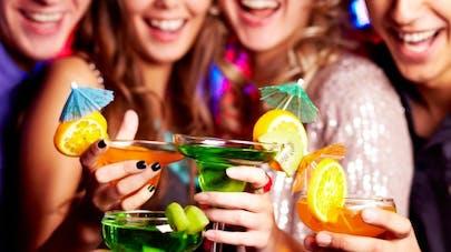 Alcool: comment éviter la rechute pendant les fêtes?