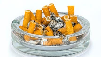 Les résidus de tabac sur les objets et les murs tuent aussi