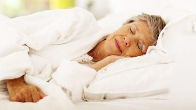 Fibromyalgie: contre les douleurs musculaires, dormez bien