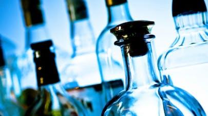 Alcoolisme: le Baclofène obtient une autorisation temporaire