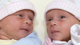 Accoucher de jumeaux: comment ça se passe?