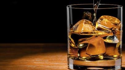 Un marchand d'alcool prône une
