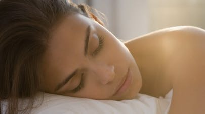Dormir sans rideau favorise la prise de poids!