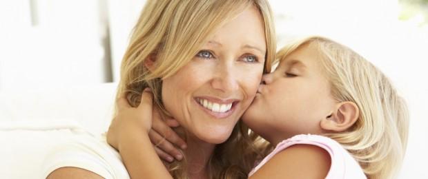 moi et ma mère ayant des rapports sexuels minuscule ébène baisée