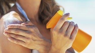 Les 11 points clés pour choisir sa crème solaire