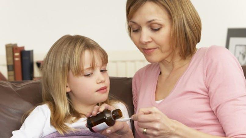 Médicament pour bébé: attention au surdosage!