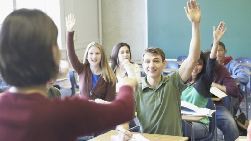 Rythmes scolaires: démarrer les cours avant 8 h 30 est mauvais pour la santé des collégiens et des lycéens