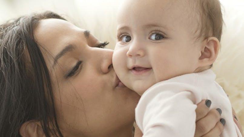 Natalité: moins de bébés et des mères plus âgées en 2013