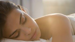 Insomnie: les huiles essentielles qui aident à mieux dormir