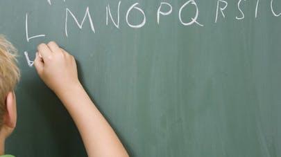 Huit signes qui montrent qu'un enfant voit mal