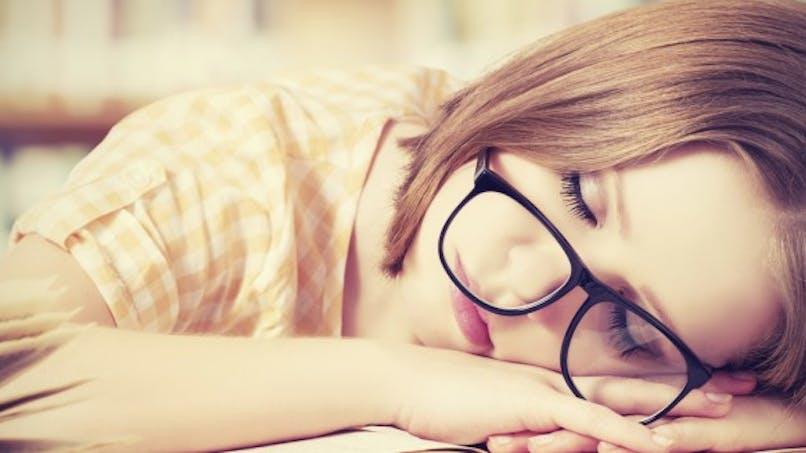 Un mauvais sommeil augmente le risque d'arrêts pour maladie