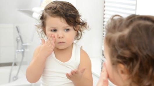 Cosmétiques: ne mettons pas n'importe quoi sur la peau de bébé
