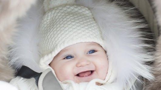 Comment protéger du froid la peau de votre bébé