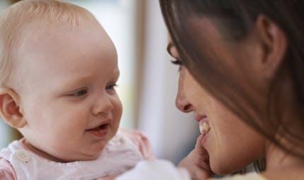 Les fontanelles du nouveau-né sont-elles vraiment fragiles?